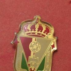 Coleccionismo deportivo: PINS DE FÚTBOL. OFICIAL.REAL BURGOS CF. BURGOS CASTILLA Y LEÓN. Lote 262054425
