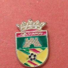 Coleccionismo deportivo: PINS DE FÚTBOL CD GUARDOS PALENCIA. Lote 262054970