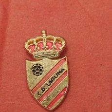 Coleccionismo deportivo: PINS DE FÚTBOL CD LAGUNA. VALLADOLID. CASTILLA Y LEÓN. Lote 262055340