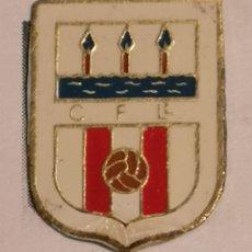 Coleccionismo deportivo: PIN FUTBOL - GIRONA - LLANÇA - CF LLANÇA. Lote 262347655