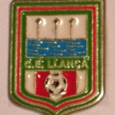 Coleccionismo deportivo: PIN FUTBOL - GIRONA - LLANÇA - CE LLANÇA. Lote 262347720