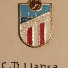 Coleccionismo deportivo: PIN FUTBOL - GIRONA - LLANÇA - CD LLANSA. Lote 262347810