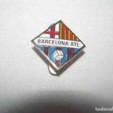 Coleccionismo deportivo: ANTIGUA INSIGNIA ....BARCELONA ATLETIC.. Lote 262553195