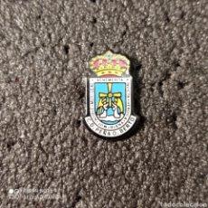 Coleccionismo deportivo: PIN PEÑA OVIEDISTA BERTO - OVIEDO (ASTURIAS). Lote 262654400