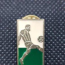 Coleccionismo deportivo: PIN FUTBOLISTA. Lote 262967750