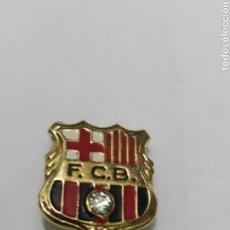 Coleccionismo deportivo: INSIGNIA DE FÚTBOL FC BARCELONA. Lote 265553689