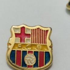 Coleccionismo deportivo: INSIGNIA DE FÚTBOL FC BARCELONA. Lote 265553874