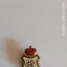 Collezionismo sportivo: PIN INSIGNA DE FUTBOL ANTIGUAS.. Lote 267645654