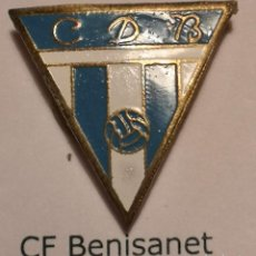 Coleccionismo deportivo: PIN FUTBOL - TARRAGONA - BENISANET - CD BENISANET - SOLAPA. Lote 267858934