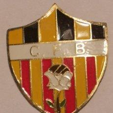 Coleccionismo deportivo: PIN FUTBOL - TARRAGONA - BLANCAFORT - CF BLANCAFORT. Lote 267859044
