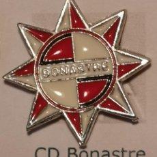 Coleccionismo deportivo: PIN FUTBOL - TARRAGONA - BONASTRE - CD BONASTRE. Lote 267859369