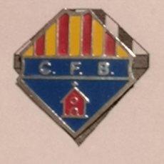 Coleccionismo deportivo: PIN FUTBOL - TARRAGONA - BRÀFIM - CF BRÀFIM. Lote 267888159