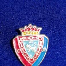 Coleccionismo deportivo: PIN OSASUNA CLUB DE FUTBOL. Lote 269128673