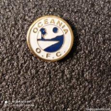 Colecionismo desportivo: PIN FEDERACION DE FUTBOL DE OCEANIA. Lote 269395883