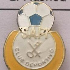 Coleccionismo deportivo: PIN FUTBOL - BARCELONA - EL PRAT DE LLOBREGAT - CD SAFI - SOLAPA. Lote 276614888
