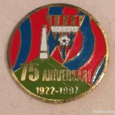 Coleccionismo deportivo: PIN FUTBOL - BARCELONA - GAVÀ - CF GAVÀ 75 ANIVERSARI. Lote 277113758