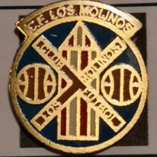 Coleccionismo deportivo: PIN FUTBOL - BARCELONA - GAVÀ - CF LOS MOLINOS. Lote 277114783