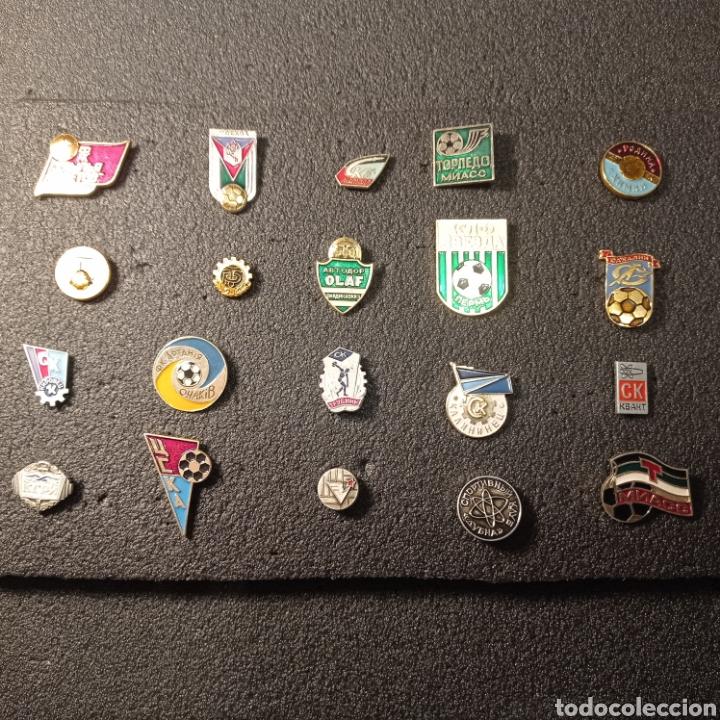 LOTE 4 DE 20 PINS DE RUSIA (Coleccionismo Deportivo - Pins de Deportes - Fútbol)