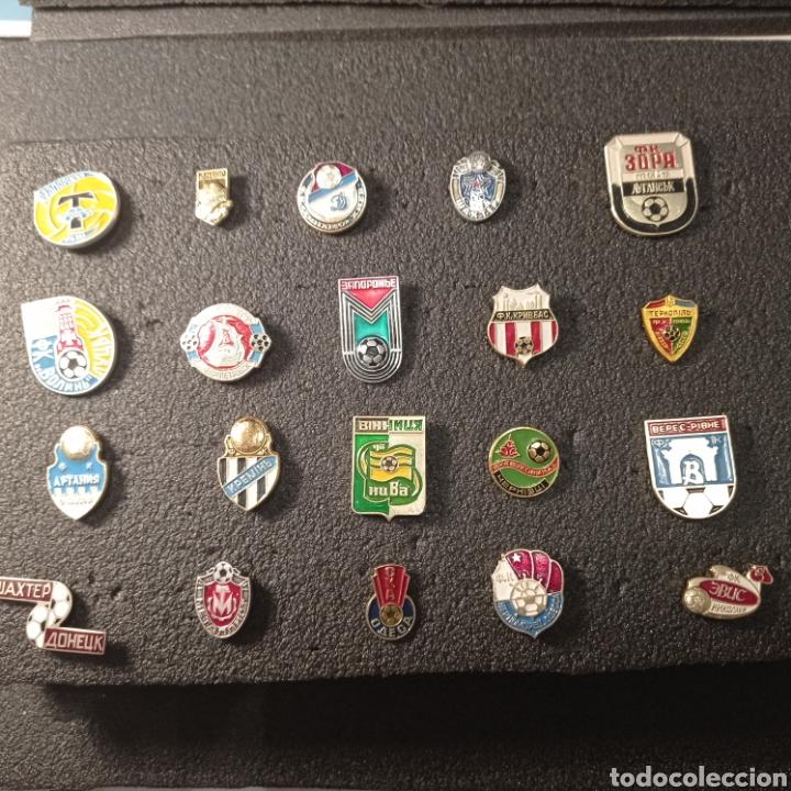 LOTE 1 DE 20 PINS DE UCRANIA (Coleccionismo Deportivo - Pins de Deportes - Fútbol)