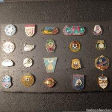 Coleccionismo deportivo: LOTE 2 DE 20 PINS DE UCRANIA. Lote 277198453