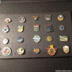 Coleccionismo deportivo: LOTE 3 DE 20 PINS DE UCRANIA. Lote 277198488