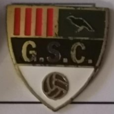 Coleccionismo deportivo: PIN FUTBOL - BARCELONA - GRANOLLERS - GRANOLLERS SPORT CLUB. Lote 277208298