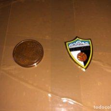 Coleccionismo deportivo: PIN EQUIPO DE FÚTBOL CALATAYUD. Lote 277497113