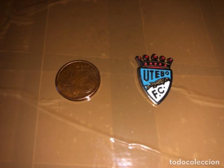 PIN EQUIPO DE FÚTBOL UTEBO (Coleccionismo Deportivo - Pins de Deportes - Fútbol)
