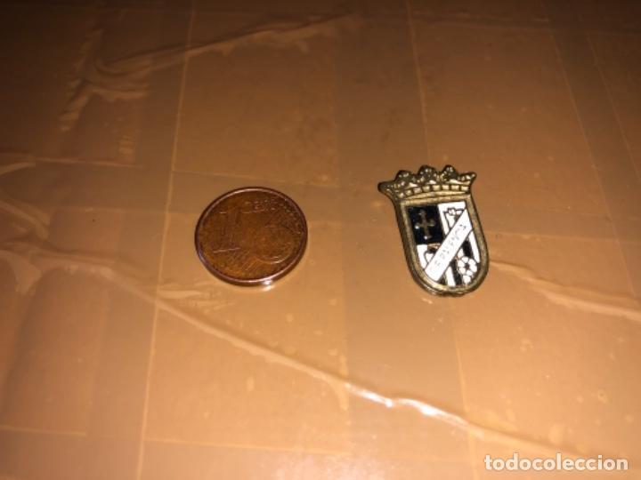 PIN EQUIPO DE FÚTBOL PALENCIA (Coleccionismo Deportivo - Pins de Deportes - Fútbol)