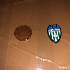 Coleccionismo deportivo: PIN EQUIPO DE FÚTBOL PAYOSACO. Lote 277514538