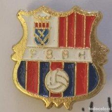 Coleccionismo deportivo: PIN FUTBOL - BARCELONA - HOSPITALET DE LLOBREGAT - PENYA BARCELONISTA BLAUGRANA HOSPITALET. Lote 277672703