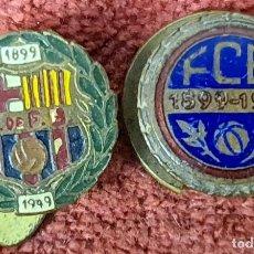 Coleccionismo deportivo: PAREJA DE PINS DEL FUTBOL CLUB BARCELONA. METAL ESMALTADO. 1924-1949. Lote 285371558