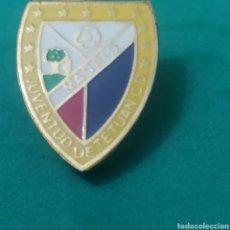 Coleccionismo deportivo: INSIGNIA DE FÚTBOL JUVENTUD DE TETUÁN MADRID. Lote 287884033