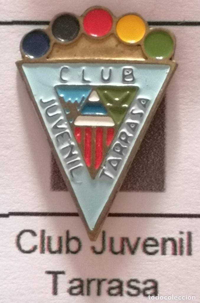 PIN FUTBOL - BARCELONA - TERRASSA - CLUB JUVENIL TARRASSA (Coleccionismo Deportivo - Pins de Deportes - Fútbol)