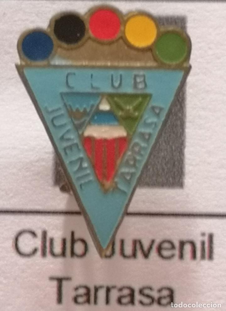 PIN FUTBOL - BARCELONA - TERRASSA - CLUB JUVENIL TARRASSA - AGUJA (Coleccionismo Deportivo - Pins de Deportes - Fútbol)