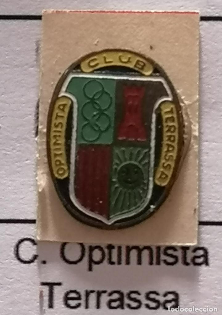 PIN FUTBOL - BARCELONA - TERRASSA - CLUB OPTIMISTA (Coleccionismo Deportivo - Pins de Deportes - Fútbol)
