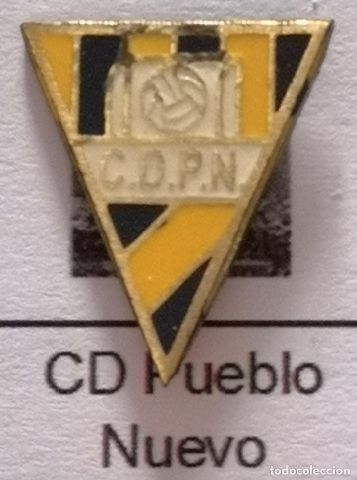 PIN FUTBOL - BARCELONA - TERRASSA - CD PUEBLO NUEVO (Coleccionismo Deportivo - Pins de Deportes - Fútbol)