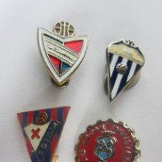 Coleccionismo deportivo: LOTE DE PINS FUTBOL TOURING - ALCOYANO - EIBAR - BEJAR. Lote 288041963