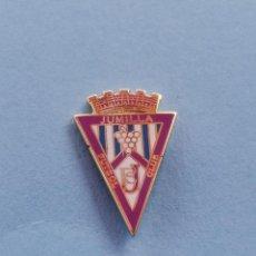 Coleccionismo deportivo: PIN DE FÚTBOL.... JUMILLA FÚTBOL CLUB.... MURCIA. Lote 288326353