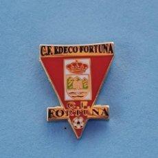 Collezionismo sportivo: PIN DE FÚTBOL.... CLUB DE FÚTBOL EDECO FORTUNA.... MURCIA. Lote 288327513
