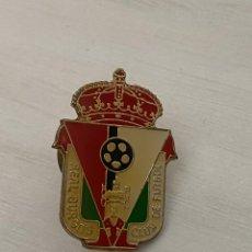 Coleccionismo deportivo: ANTIGUO PIN REAL BURGOS CF . INSIGNIA. Lote 288335503