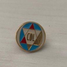 Coleccionismo deportivo: PIN ANTIGUO CD LOGROÑES . INSIGNIA. Lote 288336863