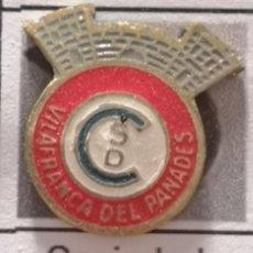 Collezionismo sportivo: PIN FUTBOL - BARCELONA - VILAFRANCA DEL PENEDÈS - SD CONSTANCIA VILAFRANCA DEL PANADES. Lote 288429573