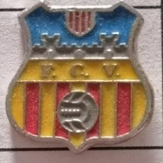 Collezionismo sportivo: PIN FUTBOL - BARCELONA - VILAFRANCA DEL PENEDÈS - FC VILAFRANCA. Lote 288431713