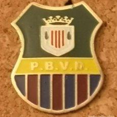 Colecionismo desportivo: PIN FUTBOL - BARCELONA - VILASSAR DE DALT - PENYA BARCELONISTA. Lote 288745948