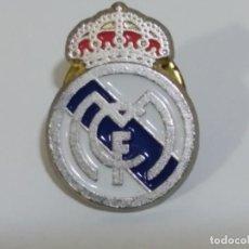 Coleccionismo deportivo: PIN DEL REAL MADRID C.F. (3). Lote 292311398