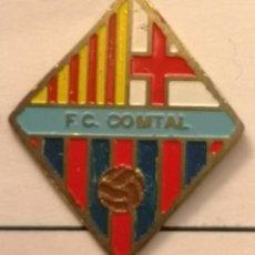 Coleccionismo deportivo: PIN FUTBOL - BARCELONA - SANTS-MONTJUIC - FC COMTAL. Lote 292414273