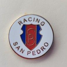 Coleccionismo deportivo: PIN DE FÚTBOL... RACING SAN PEDRO... SESTAO VIZCAYA. Lote 293568763