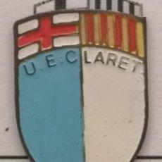 Coleccionismo deportivo: PIN FUTBOL - BARCELONA - UE CLARET. Lote 293858918