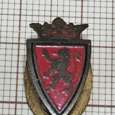 Coleccionismo deportivo: ANTIGUO PIN SOLAPA REAL ZARAGOZA FUTBOL. Lote 295464158